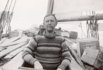 "Skipper Erling Tambs and his boat ""Sandefjord"" were chartered to transport the expedition between the islands and for subsea surveys."